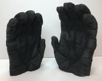 Gorilla deathcast hands