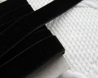 "Velvet nylon ribbon trim in Black, width 16mm (0.6"") non-elasticated PER METRE (1.1 yards)"