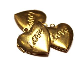 3 Vintage Lockets, Brass Locket, Heart Locket, Jewelry Locket, Necklace Locket, Love Locket, Vintage Heart Locket, Locket Charm, Brass Heart