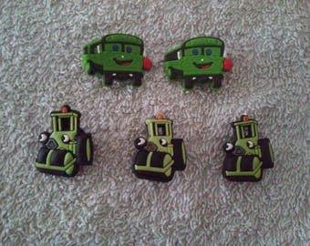 Lot 5 jibbitz (badges for fangs)