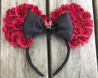 Red rose minnie ears - Minnie Mouse ears - disney ears - Minnie Mouse headband - rose ears - red rose headband - disneyland - disney world