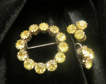 Vintage yellow rhinestone brooch and clip on earring demi parure set