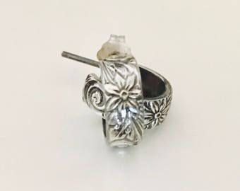 Sterling silver open hoop earrings , Flower earrings , Old earrings  , pattern earrings