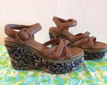 Platform Sandals, Knit-Wedge, Leather Upper, Made in China, Size US 7