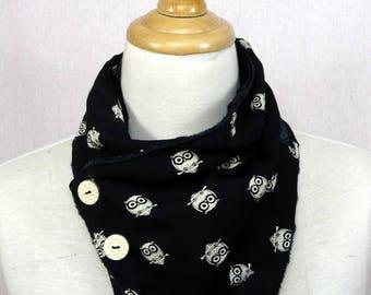 col écharpe motif chouettes noir et blanc doublé de minky pilou tout doux
