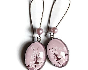 Earrings * cherry blossom * flowers of sakura Japan old pink glass cabochon