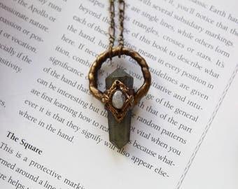 Lord of the Rings, Elven Necklace, Elven Princess, Labradorite Necklace, Labradorite Pendant, Fantasy Necklace, Goddess Necklace, Vegan
