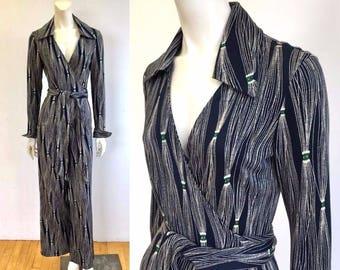 Iconic DVF 70s wrap jumpsuit, Diane von Furstenberg jumpsuit, navy white jumpsuit