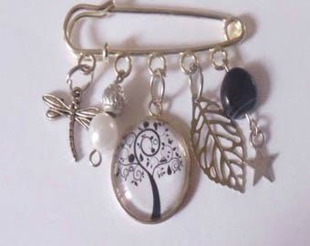 Tree of life black and white brooch