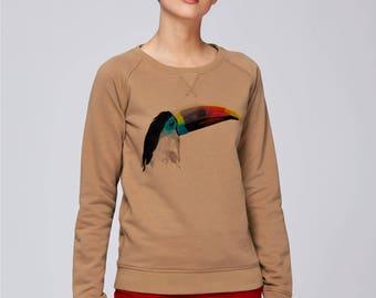 Sweat-shirt bio Femme coton équitable  Couleur Camel col rond avec triangle sous col- impression numérique  Toucan