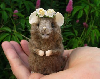 Needle felted mouse,  felted mouse, realistic mouse, brown mouse, felt mouse, felted wool mouse, small mouse, mouse toy, mouse wool, mice