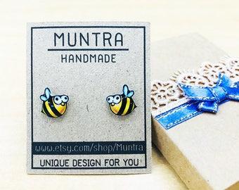 BEE EARRINGS Bee Stud Earrings with Resin Earrings Handmade Resin Earrings Resin Jewelry Bee Jewelry Tiny Bee Resin Honey Bee Earrings