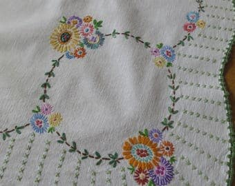 Cheerful Vintage Linen Union Table Cloth- Hand Embroidered Daisies