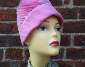 Vintage ladies pink turban hat