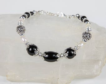 Black Onyx, Freshwater  Pearls and Sterling Silver Bracelet