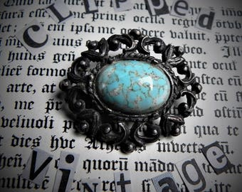 Vintage Brooch with Large Turquoise Coloured Stone