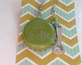 "Earrings caps of beer ""leffe vine"" and a bottle opener"