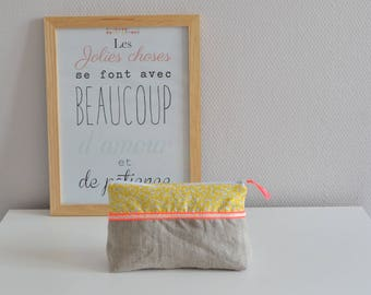 Toiletry bag in cotton / yellow / coral / linen