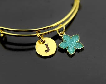 Inspirational Green Star Bracelet Gold Star Bangle Initial Bangle Star Student Gift Star Galaxy Jewelry Personalized Bangle Initial Charm