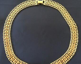 Estate Monet Modernist Gold Tone Mesh Necklace/Chocker  Item #  (40)