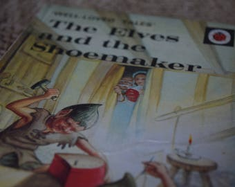 The Elves and the Shoemaker. A Vintage Ladybird Book. Well Loved Tales. Series 606D. 1982