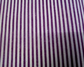 1 coupon of striped purple and white 20x25cm 100% cotton
