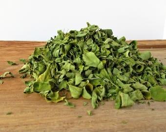 how to use dried moringa leaves