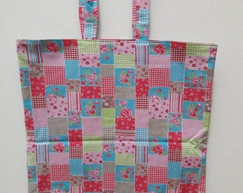 Tote bag flower pattern