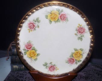 Mid-century (c.1951-1954) H. Aynsley & Co HAY19 cake plate | round platter. Pink and yellow roses, broad embossed gold edge.