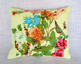 Cushion, Floral cushion, Floral cushion cover, Native Flower cushion cover, Wildflower cushion cover, Handmade cushion cover,Linen cushion