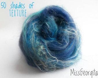 Spinning fiber - Textured fiber nests - Merinos, flax, silk, locks - 50gr - 50 shades of texture - Blue