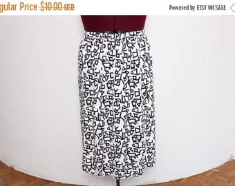 25% OFF VTG 80s Plus Size Black and White Scribble High Waist Maxi Skirt XXL/3X