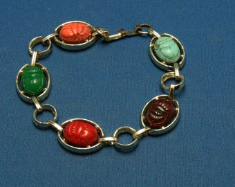 Vintage Molded Scarab Gold Tone Egyptian Revival Bracelet - AS IS
