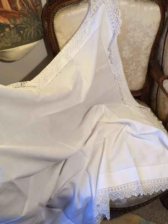 Edwardian plain heavy cotton crochet edge tablecloth. 48 ins square.