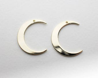 P0677/Anti-Tarnished Gold Plating Over Brass/Large Crescent Pendant/20x25mm/2pcs