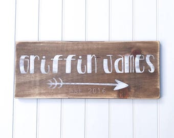 Wood baby name sign, Nursery wall art, Wood sign baby shower gift, New baby gift
