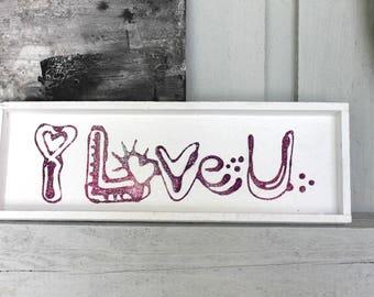 Wooden tablet, white, pink / violet lettering, 3D