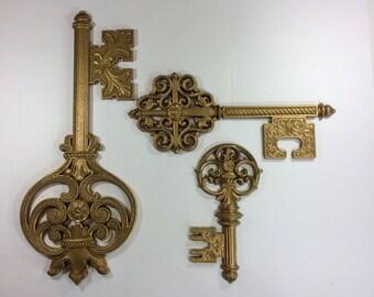 Vintage Key Wall Plaques-Syroco Skeleton Keys-Trio of Vintage Wall Hangings