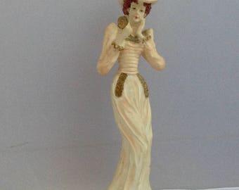 Vintage Figurine biscuit «Me voir» Edwardian Lady Statuette porcelaine figurine (Ref pas. A248)