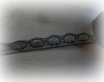 lace color black - 100 cm long and 2 cm wide
