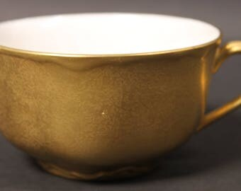 Vintage Gold Encrusted Porcelain Cup and Saucer. (CGP-2625)