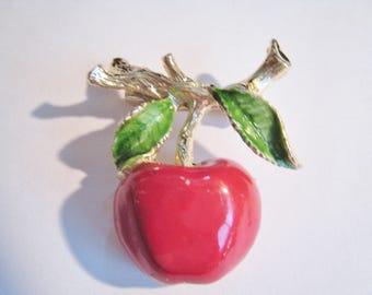 Gerry's Apple Pin  ( 25  )