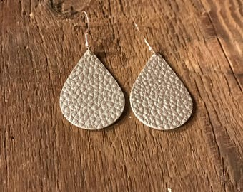 tear drop faux leather earrings, silver faux leather, mommy and me matching sets
