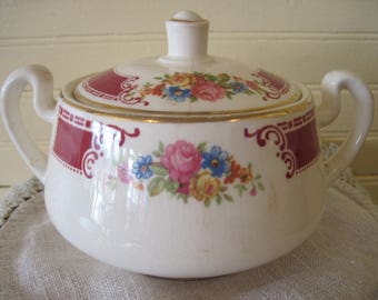 Homer Laughlin Sugar Bowl Majestic - Item #1616