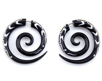 Horn & Paula Shell Spirals Fake Gauges Earrings