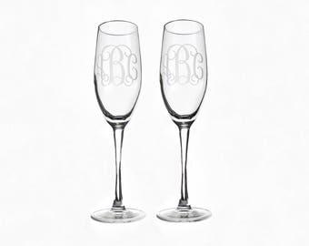 Personalized Toasting Flutes -Set of 2-, Monogram Wedding Flutes, Personalized Wedding Gift, Wedding Gift, Wedding Glasses, Couple's Gift