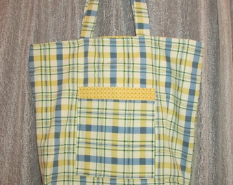 Tote bag with Pockets and Snap Closure