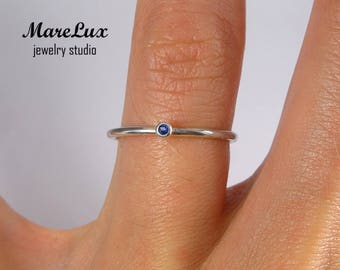 Natural Sapphire Stacking Silver Ring, September Birthstone Minimalistic Sapphire Ring, Stackable Ring 1.5 mm Round Cut Blue Sapphire Ring