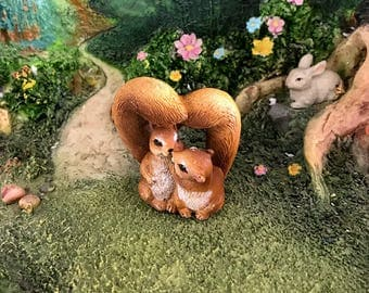 Miniature Squirrels in Love with Heart-Shaped Tails