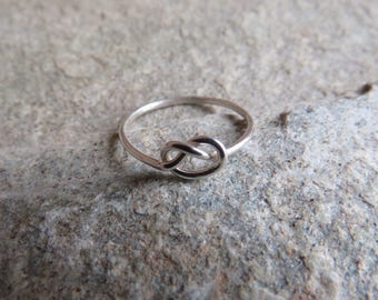 Sterling Silver midi knot ring